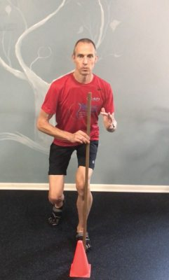 Single Leg Squat Cone Touch - front alignment